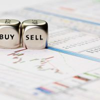 Как семиклассники заработали 70% на покупке акций.