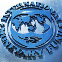 МВФ улучшает прогноз России